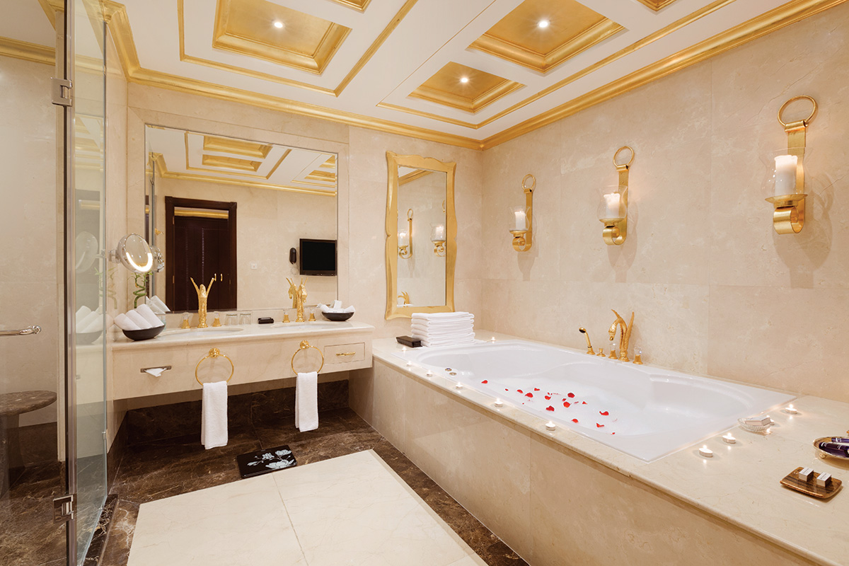 29-Al-Asmakh-Royal-Suite-Bathroom